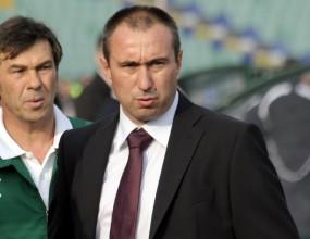 Ботев (Пловдив) избира между Мъри и Стоичков за нов треньор