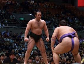 Котоошу със загуба в 13-ия кръг в Нагоя