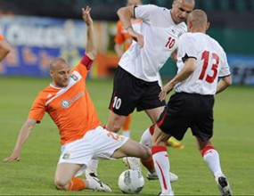 Трима основни футболисти се завръщат за Литекс