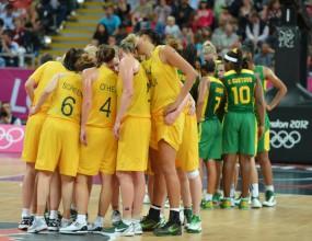Австралия надделя над Бразилия, Лорън Джаксън със забележителен рекорд