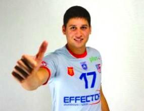 Ники Пенчев с 9 точки! Киелче загуби от шампиона Ресовия с 0:3