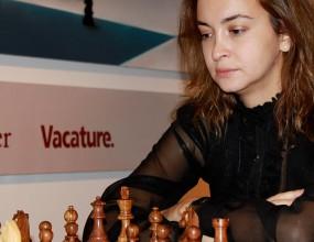 Стефанова и Ушенина ще играят за световната титла по шахмат