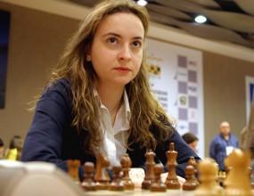 Антоанета Стефанова загуби третата партия от финала
