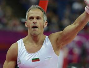 Йордан Йовчев бие на тенис