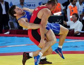 Гури с травма, Маринов губи на шампионата на борците