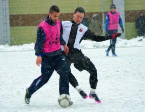 Черноморец удари Локомотив (Пловдив) в снега