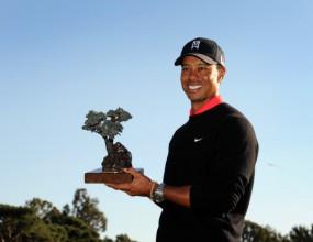 Тайгър Уудс завоюва титла №75 в US PGA Tour