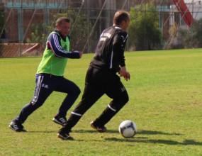 Илиан разби румънска легенда на футбол (снимки)