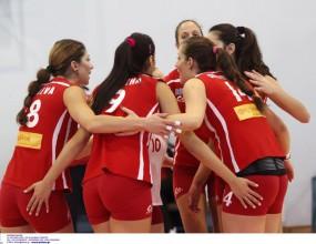 Ради Тенева и Олимпиакос на 1/4-финал за Купата в Гърция