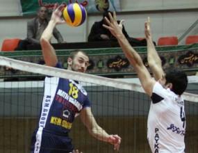 Тимът на Ники Николов с чиста победа срещу лидера Пейкан в Иран