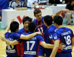 Миро Градинаров с 14 точки, ФК Токио с 12-та загуба в Япония