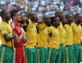 Националния по футбол на ЮАР пред угроза от дисквалификация
