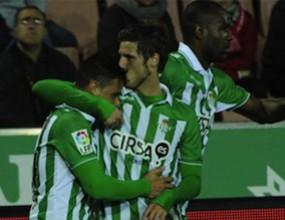 Бетис прегази Гранада и мечтае за Шампионската лига (видео)