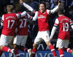 Арсенал се намести в топ 4 поне за ден (видео)