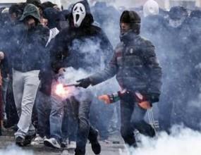 Бой между фенове преди дербито на Рим