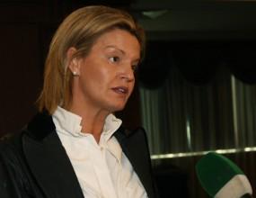 Стефка Костадинова срещу Весела Лечева в спор за шефското място в БОК