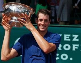 Джон Иснър спечели турнира по тенис за мъже в Хюстън