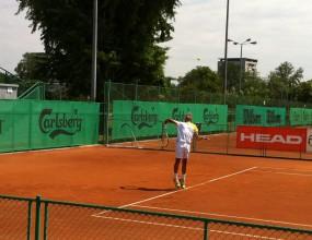 Кузманов се класира за четвъртфиналите в Пловдив