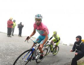Мауро Сантанброджо спечели 14-тия етап от Обиколка на Италия
