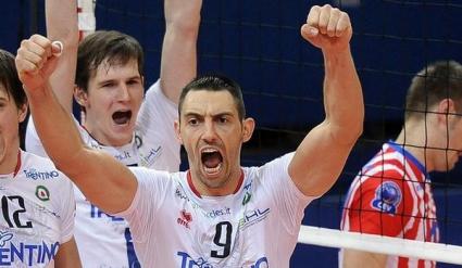 Николай Учиков подписа с новак в Русия