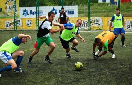 Битката на Ариана Аматьорска Лига 2013 в Русе е в разгара си