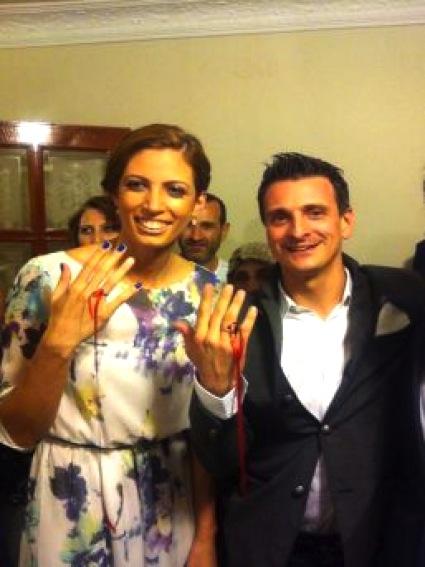 Джовани и Бахар - днес съперници на игрището, след 10 дни - семейство!