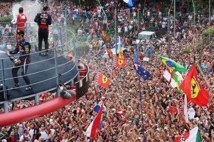 Фетел победи Алонсо и Ферари пред тифозите в Италия (Видео)