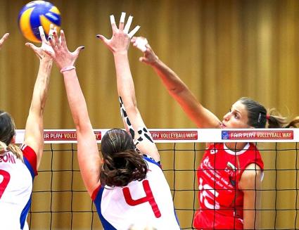 Чехия разплака волейболистките на България (ВИДЕО + ГАЛЕРИЯ)