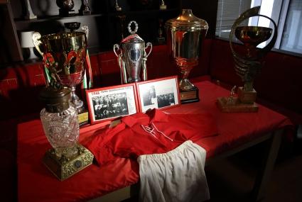 Показаха легендарен екип - с него е извоювана първата титла на ЦСКА (снимки)