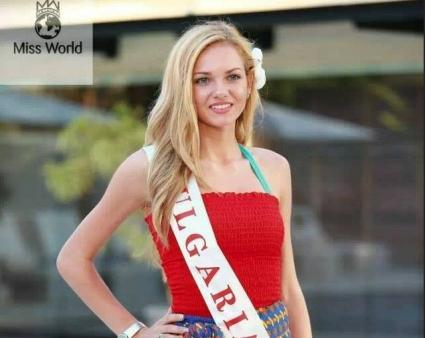 Мис България 2013 в топ 10 на Мис Свят