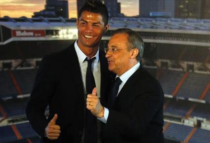 """Официално: Реал Мадрид """"бетонира"""" Кристиано на """"Бернабеу"""" (фотогалерия)"""
