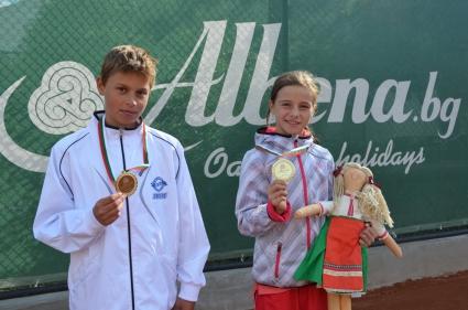 Eмилиян Цветков и Стела Пеева триумфираха в детския турнир Albena open