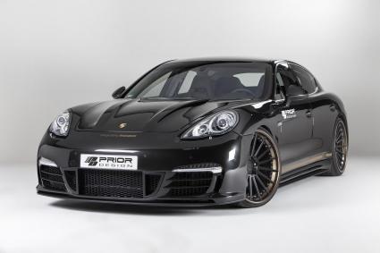 Porsche Panamera Turbo в ново карбоново тяло