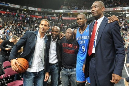 Звезди от Премиър лийг се насладиха на НБА шоу
