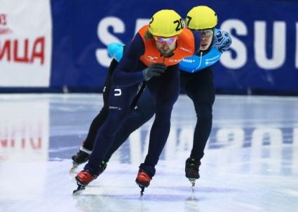 Отборите на Китай и САЩ спечелиха по две титли на турнира от Световната купа по шорттрек в Русия