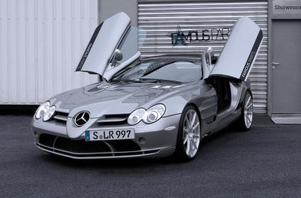 Famous Parts преобуха Mercedes McLaren SLR Roadster