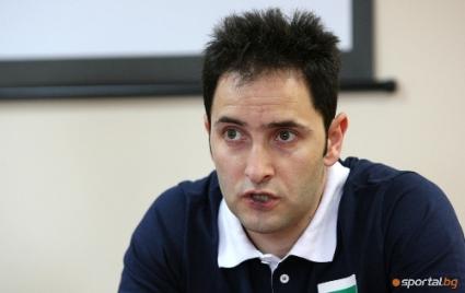 Радо Стойчев взе наш остеопат в Халкбанк