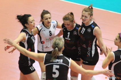 Волейболистките на Славия с 6-та победа