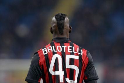 Милан без Балотели в дербито с Ювентус