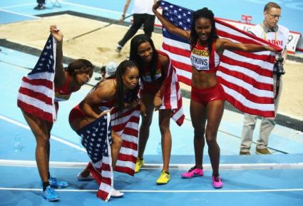 Квартетът на САЩ спечели титлата на 4 по 400 метра при жените