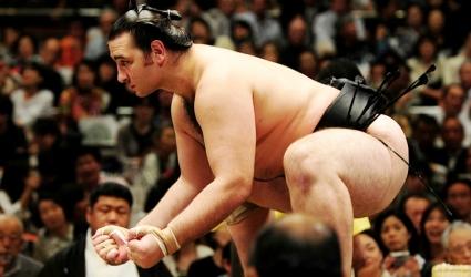 Котоошу записа второ поражение в Осака