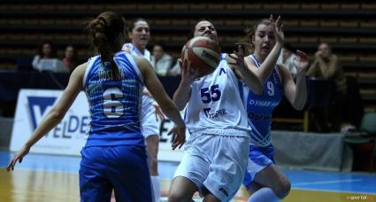 Дунав срази Хасково в решителния мач и пак е на финал
