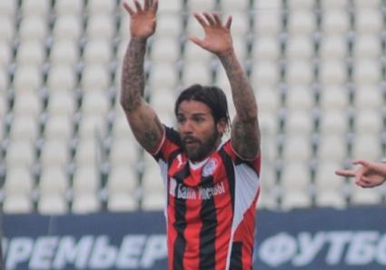 Благо Георгиев със счупена на 3 места ръка (снимка)