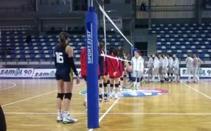 Девойките на България биха Румъния с 3:1 в първата контрола