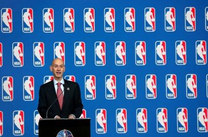 НБА връща възрастовия минимум за играчите