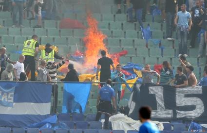 10 души задържани преди дербито Левски - ЦСКА