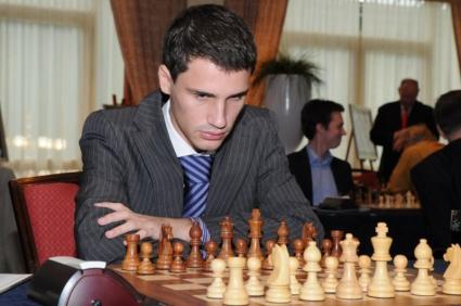 Чепаринов е начело след първите два кръга на държавно индивидуално първенство