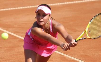 Виктория Томова започна с победа в Хърватия