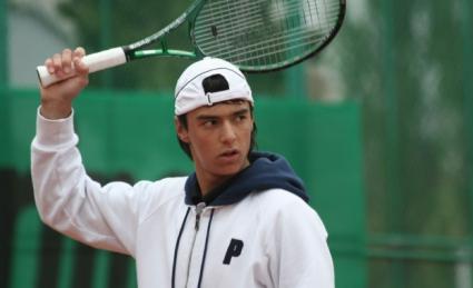Категорична победа класира Кузманов за втория кръг в Анталия