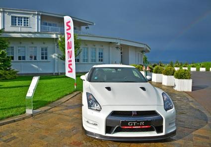 Атрактивни награди в първия голф турнир Nissan